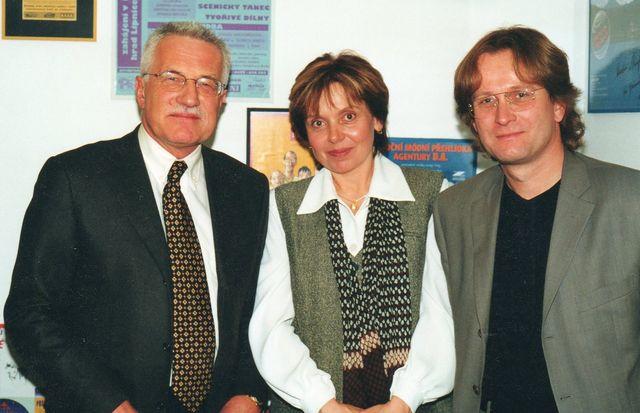 08-2000-s-Vaclavem-Klausem-a-Nadou-Zalesakovou-v-radiu-Profil-volby-do-Senatu.jpg