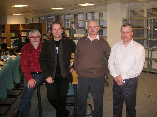 20-2008-s-Milou-Kucerou-Davidem-Stadnikem-a-Zdenkem-Duspivou-arbitraz-v-Londyne.JPG