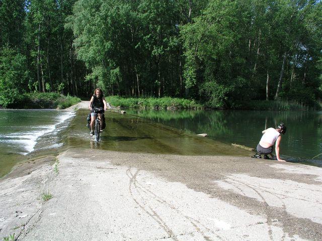 14-2005-Dunaj-Zitny-ostrov-stara-ramena.JPG