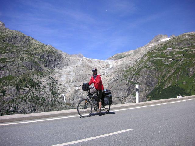 47-2008-Rhona-ledovec-pramen.JPG