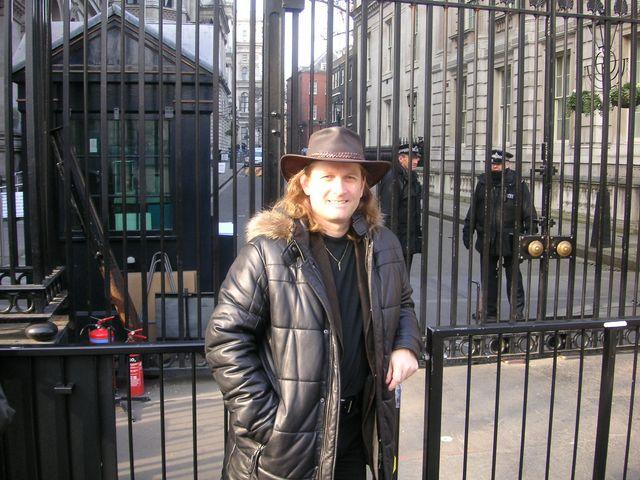 25-2008-Londyn-Downing-Street.JPG